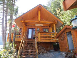 Perfect Cabin with Deck and Patio - Harrison Hot Springs vacation rentals