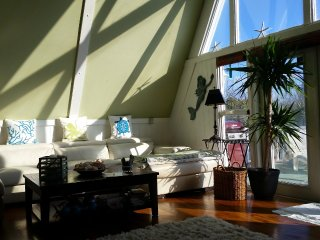 3 bedroom House with Housekeeping Included in Vilano Beach - Vilano Beach vacation rentals