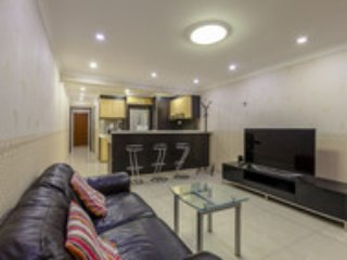 Ideal location 2-bedroom Apartment 7A - Singapore vacation rentals