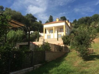 Beautiful Villa situated in a tranquil valley . - Obidos vacation rentals