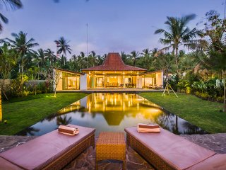 Beachfront Villa Tiga Melaya in North West Bali - Denpasar vacation rentals