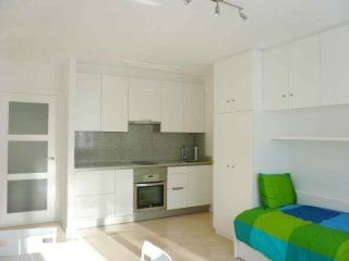 Cozy Condo with Internet Access and Television - Santiago de Compostela vacation rentals