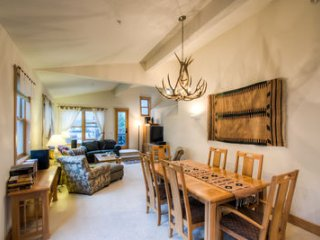 4 bedroom Condo with Deck in Telluride - Telluride vacation rentals