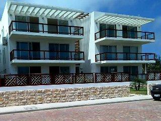 "Beachfront ""Casa Cielo Penthouse"". Montanita. - Montanita vacation rentals"