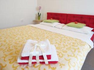 Perfect 1 bedroom Ljubljana Apartment with Internet Access - Ljubljana vacation rentals