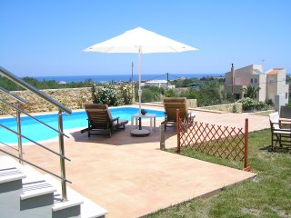 Great Villa with indoor jacuzzi pool & outdoor pool,seaview,4bedrooms,wifi,bbq - Kamisiana vacation rentals
