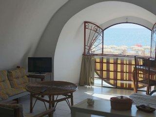 SPLENDIDO APPARTAMENTO SUL MARE - Formia vacation rentals