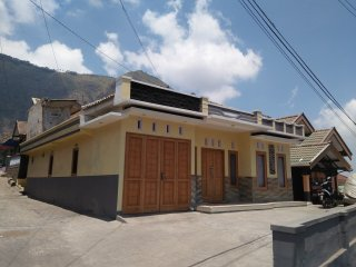 Villa Ricky 2 Near Bromo Unik And Modern - Bromo Tengger Semeru National Park vacation rentals