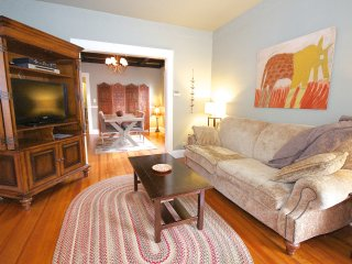 Quiet cozy apartment close to train & restaurants - Boston vacation rentals