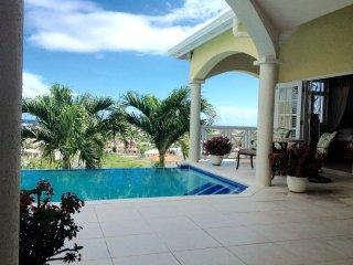 3 bedroom Villa with Deck in Oistins - Oistins vacation rentals