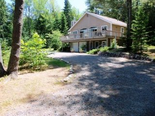 Bright 4 bedroom Lake Placid House with Deck - Lake Placid vacation rentals