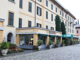 Romantic 1 bedroom Apartment in Menaggio with Internet Access - Menaggio vacation rentals