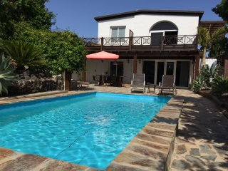 Nice 2 bedroom House in Guime with Internet Access - Guime vacation rentals