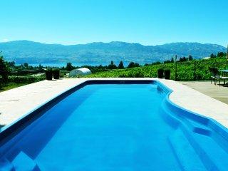 Casa Kelowna: POOL, HOT TUB, LAKE VIEW, Vineyards - Kelowna vacation rentals