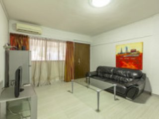 Offer! Orchard 2-bedroom AptD8 - Singapore vacation rentals