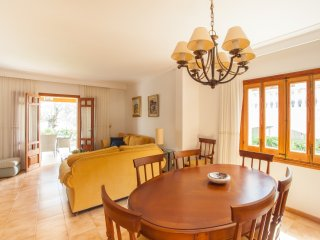 RISSAGA - Property for 6 people in Es Barcares - Alcudia vacation rentals