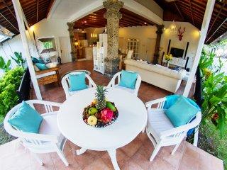 Luxury 3bd villa Isabel center of Seminyak PROMO - Seminyak vacation rentals
