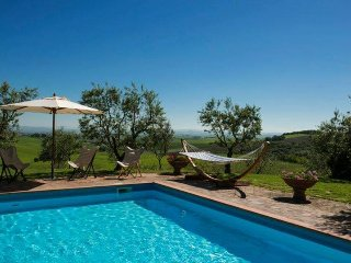 Perfect Villa with Internet Access and A/C - Ville di Corsano vacation rentals