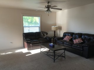 Ideal location in West Meridian - Meridian vacation rentals