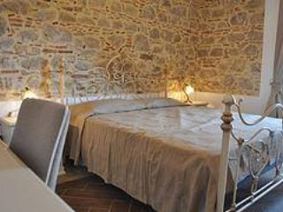 Nice Bed and Breakfast with Internet Access and A/C - San Fratello vacation rentals