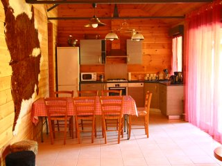 Cozy 1 bedroom Gite in Barberey-Saint-Sulpice with Internet Access - Barberey-Saint-Sulpice vacation rentals