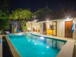 3bd villa Africa, central Seminyak, 5 min to beach - Seminyak vacation rentals