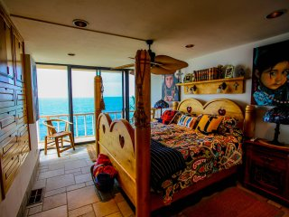Rosarito oceanfront condo with perfect Views! - Puerto Nuevo vacation rentals