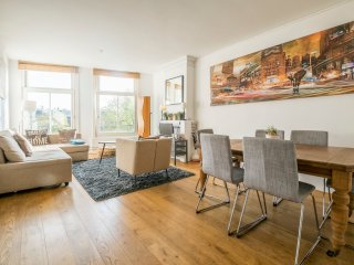 Lovely Condo with Internet Access and Central Heating - Amsterdam vacation rentals