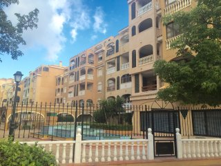 Lovely 3 bedroom apartment with communal pool - Torrevieja vacation rentals