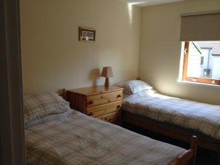 2 bedroom flat - sleeps 4 - Peterculter - weekly - Peterculter vacation rentals