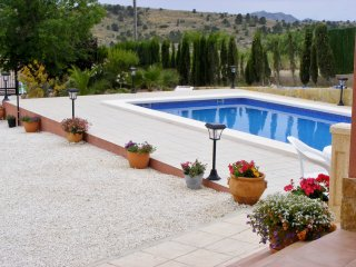 Beautiful Alicante vacation Villa with Wireless Internet - Alicante vacation rentals