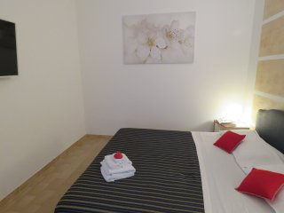 Comfortable 1 bedroom Riccione Condo with Washing Machine - Riccione vacation rentals