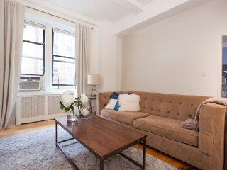 Cozy 2 bedroom Condo in Manhattan - Manhattan vacation rentals