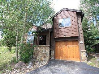 Mirasierra House, 2 Bedroom+Den, 2 Bathroom unit. - Breckenridge vacation rentals