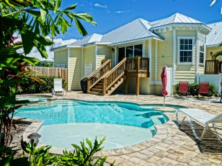 4 Bed 3 Bath Brand New Fully Loaded Duplex BIKES - Holmes Beach vacation rentals