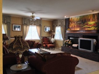 Furnished 4-Bedroom Home at Wilson Ave & Mayberry Ave Rancho Cucamonga - Rancho Cucamonga vacation rentals