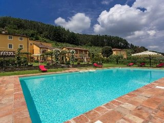 8 bedroom Villa with Internet Access in Vorno - Vorno vacation rentals