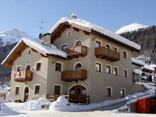 2 bedroom Apartment in Livigno, Lombardy, Italy : ref 2269760 - Livigno vacation rentals