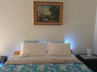 1 bedroom Condo with Internet Access in Sturla - Sturla vacation rentals
