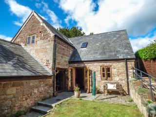 THE APPLE STORE, all ground floor, original features, close to River Wye, Symonds Yat, Ref 937758 - Symonds Yat vacation rentals
