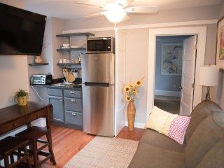 32- Downtown Charleston Compound - Charleston vacation rentals