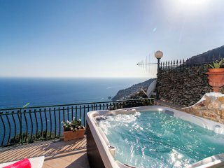 Sole - Apartment with Breathtaking view & Solarium - Furore vacation rentals