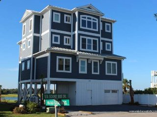 Waterfront-123VSS- golfcart, private dock,elevator - Ocean Isle Beach vacation rentals