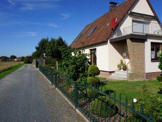 Ferienwohnung Eystrup, EG, WLAN, zwei Bäder, 80qm - Nienburg vacation rentals