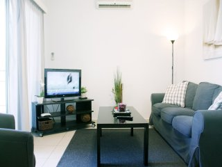 Cozy 2 bedroom Vacation Rental in Limassol - Limassol vacation rentals