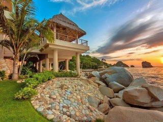 Bright Villa with Television and Wireless Internet - Boca de Tomatlan vacation rentals