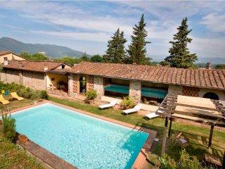 Lovely 4 bedroom Villa in Guamo - Guamo vacation rentals