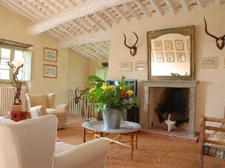 Lovely Villa with Television and DVD Player in Orbicciano - Orbicciano vacation rentals