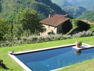 Comfortable Villa with Internet Access and Television - Bagni Di Lucca vacation rentals