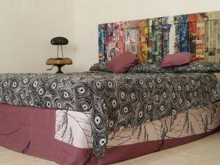 Romantic 1 bedroom San Cesario di Lecce Private room with A/C - San Cesario di Lecce vacation rentals